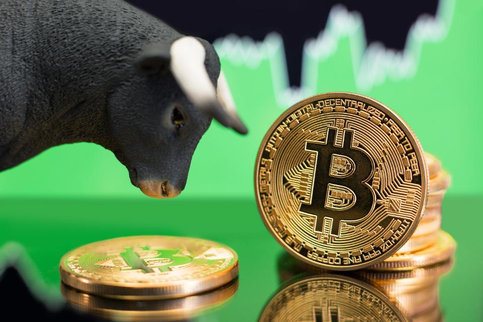 Bitcoin Poised For Further Gains After Surpassing $4,000